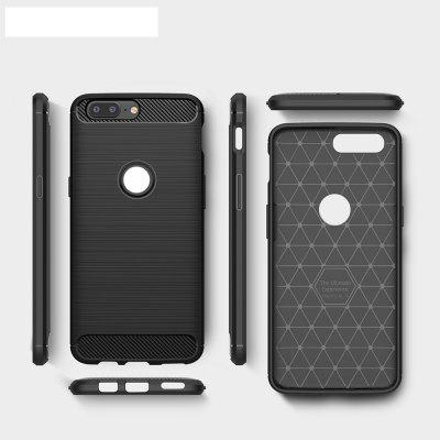 Wkae Solid Color Carbon Fiber Texture TPU Soft Protective Case for One Plus 5Cases &amp; Leather<br>Wkae Solid Color Carbon Fiber Texture TPU Soft Protective Case for One Plus 5<br><br>Compatible Model: One Plus 5<br>Features: Back Cover<br>Material: TPU, Carbon<br>Package Contents: 1 x Phone Case<br>Package size (L x W x H): 16.80 x 9.30 x 1.50 cm / 6.61 x 3.66 x 0.59 inches<br>Package weight: 0.0300 kg<br>Product Size(L x W x H): 14.80 x 7.30 x 1.00 cm / 5.83 x 2.87 x 0.39 inches<br>Product weight: 0.0100 kg<br>Style: Solid Color