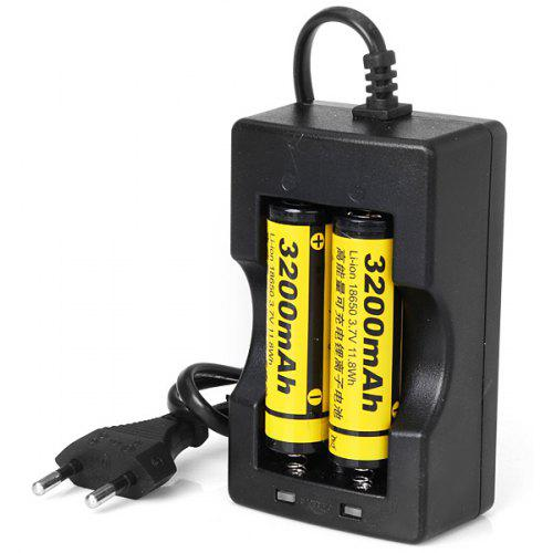 2pcs Dual Battery Smart Charger US Plug For 3.7v Rechargeable 18650 Li-ion Cell