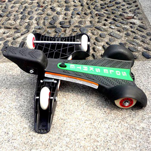 3 - wheeled Foot Skate Designed Razor Sole Skate Skateboard -  26.65 ... 4928d7a2f5e