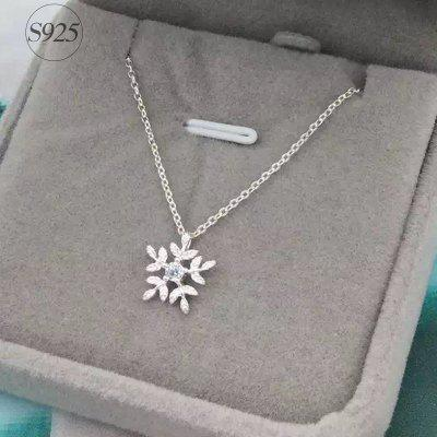 Real Pure 925 Sterling Silver Zirconia Snowflake Necklaces Pendants for Women Wedding Jewelry Chain