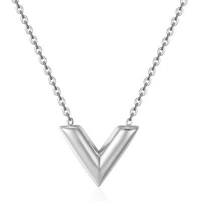 Classic Design V Letter Pendant Necklace Woman Titanium Steel Chain Luxury Jewelry Top Quality