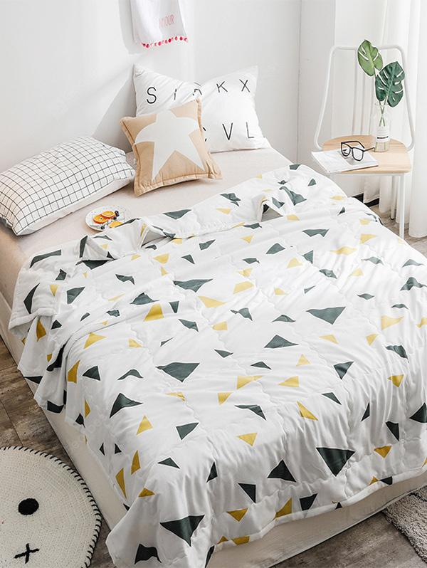 Triangle Printed Soft Summer Quilt