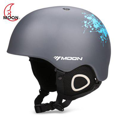 MOON Outdoor IntegratedSkiing Helmet with Adjustable Strap Air Vent for Cycling Skating