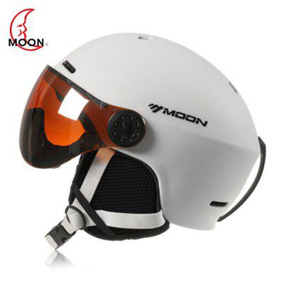 MOON Outdoor IntegratedSkiing Helmet with Goggle Air Vents PC Shell EPS Body for Cycling Skating