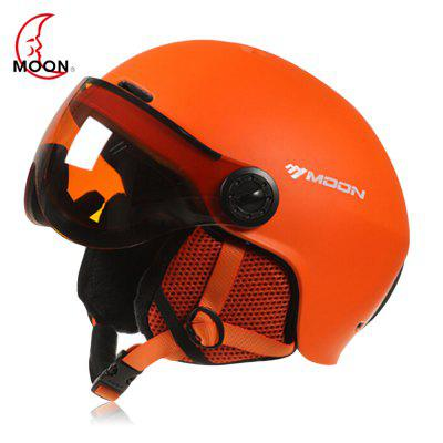 MOON Outdoor Integrated Skiing Helmet with Goggle Air Vents PC Shell EPS Body for Cycling Skating