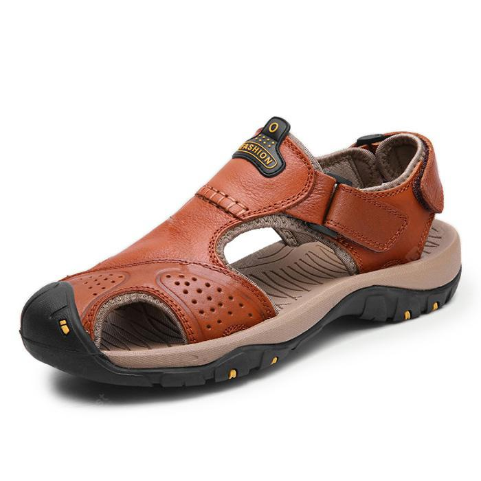 Men Leisure Hollow-out Leather Adjustable Sandals