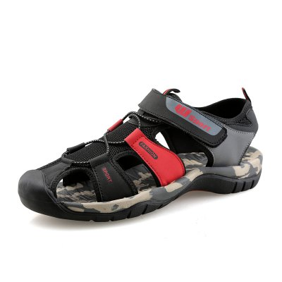 Men Breathable Wear-resistant Sandals