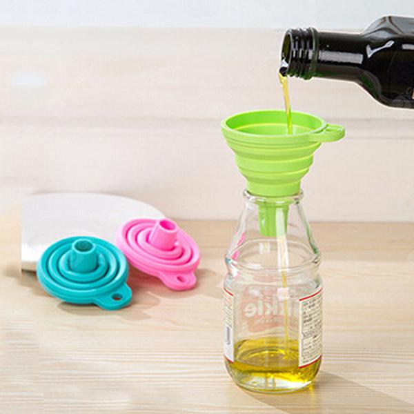 Collapsible Oil Funnel Kitchen Tool - Green