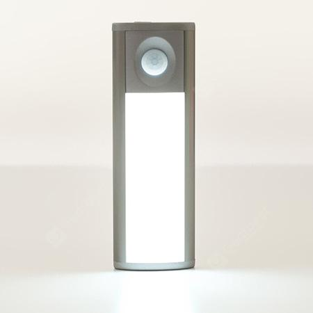 B110 - 120 LED Sensor Light - SILVER WHITE