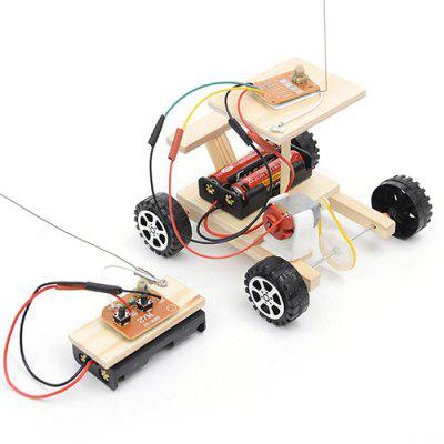 Primary And Secondary School Science And Technology Small Production Diy Wireless Remote Control Racing Model