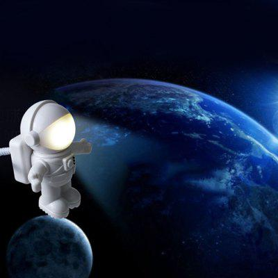 USB Astronaut Shape Night Light for Daily Use