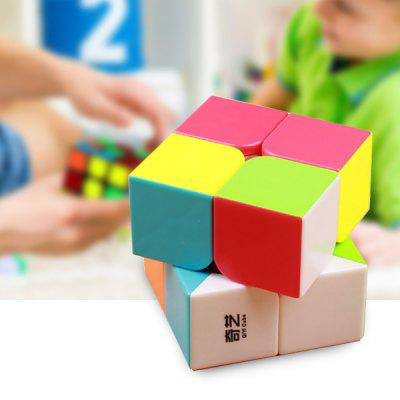 qiyi 2 x 2 x 2 Rychlost Smooth Magic Cube Puzzle Finger Toy