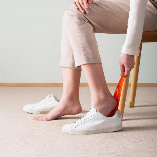 Lightweight Feather Shoehorn from Xiaomi youpin