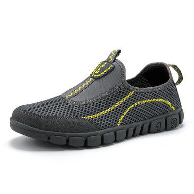 Men Breathable Mesh Fabric Outdoor Casual Shoes