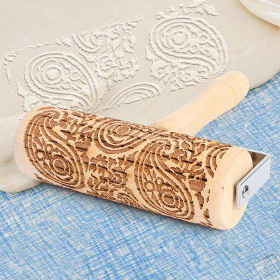 Simple and Durable Eco-Friendly Kitchen Utensils Christmas Print Rolling Pin Cookie Laser Engraving Birch Baking Pastry Tool