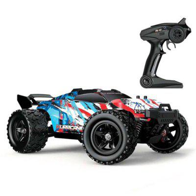 Фото - 1:18 Remote Control Four-wheel Drive Full-scale High Speed Off-road Vehicle PVC Drift Big Feet Truck Model Toy at full speed