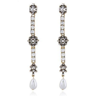 Moda Pearl Metal Long Cut Diamond Earrings