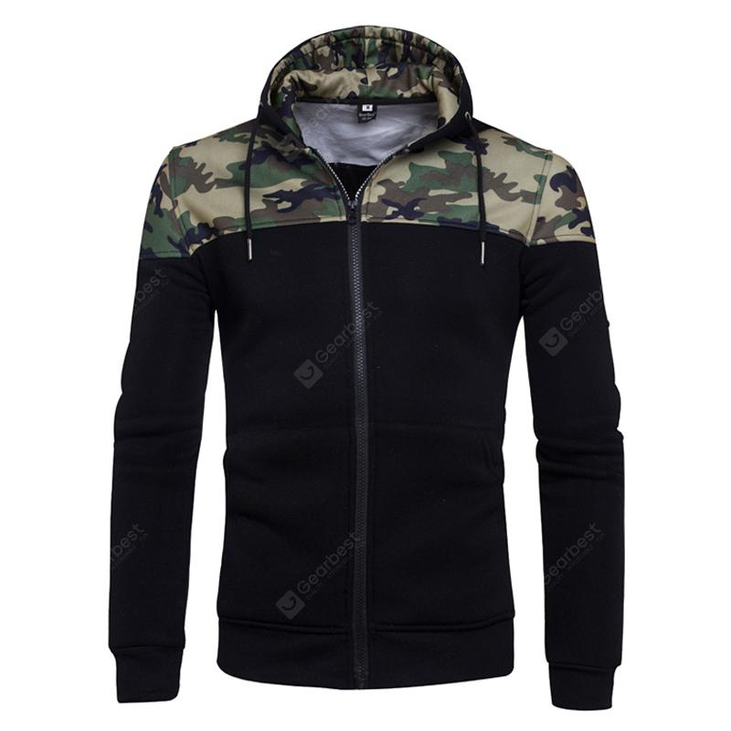 Men's Camouflage Hooded Sweatershirt