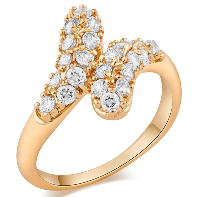 Fashion Micro-inlaid with Luxurious and Misplaced Zircon Ring J0448