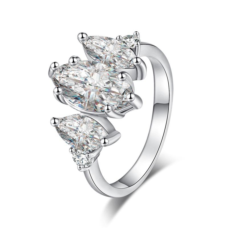 Fashion Micro-inlaid with Exquisite Zircon Ring J0916