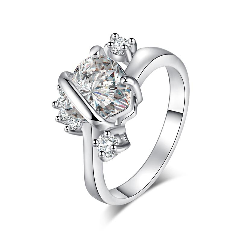 Fashion Simple and Delicate Heart Zircon Ring J0933