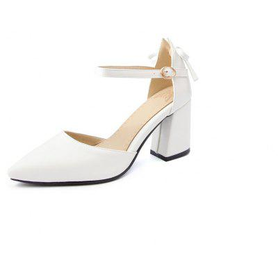 High Heels with The Tip of The Hollow and Women's Shoes