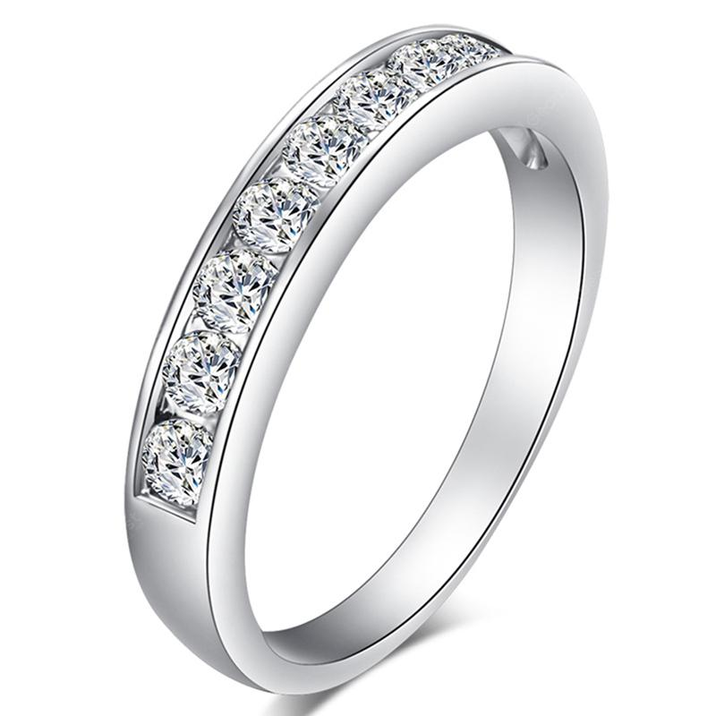 Fashionable and Simple Micro-inlaid Zircon Ring J1655