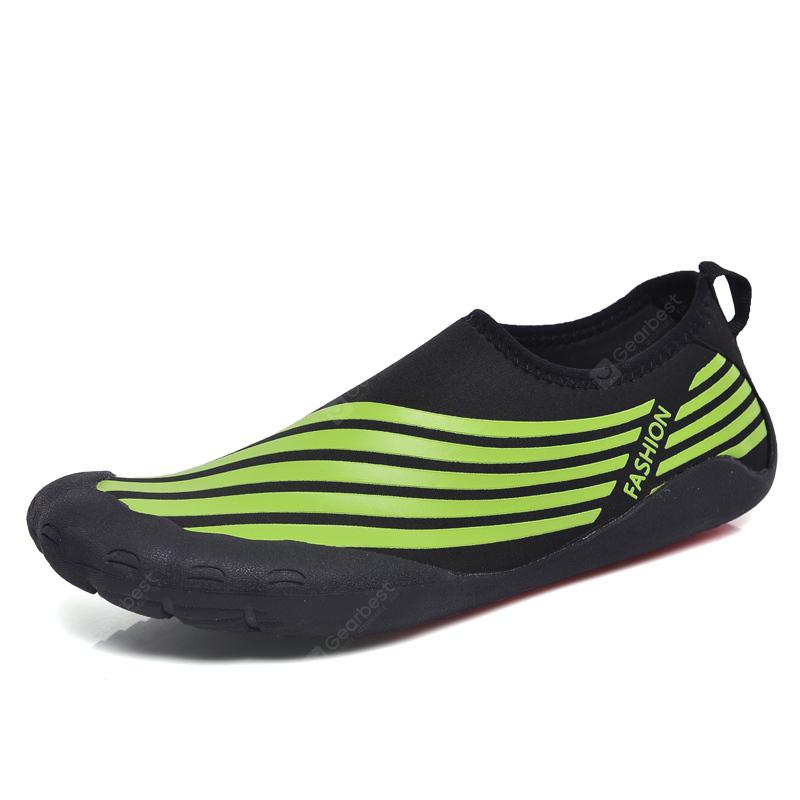 Lightweight Swimming Breathable Shoes Men Beach Shoes Comfort Flats Sneakers