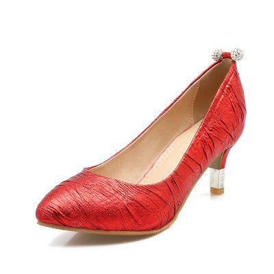 Red Water Drill with Fine Heel Shoes