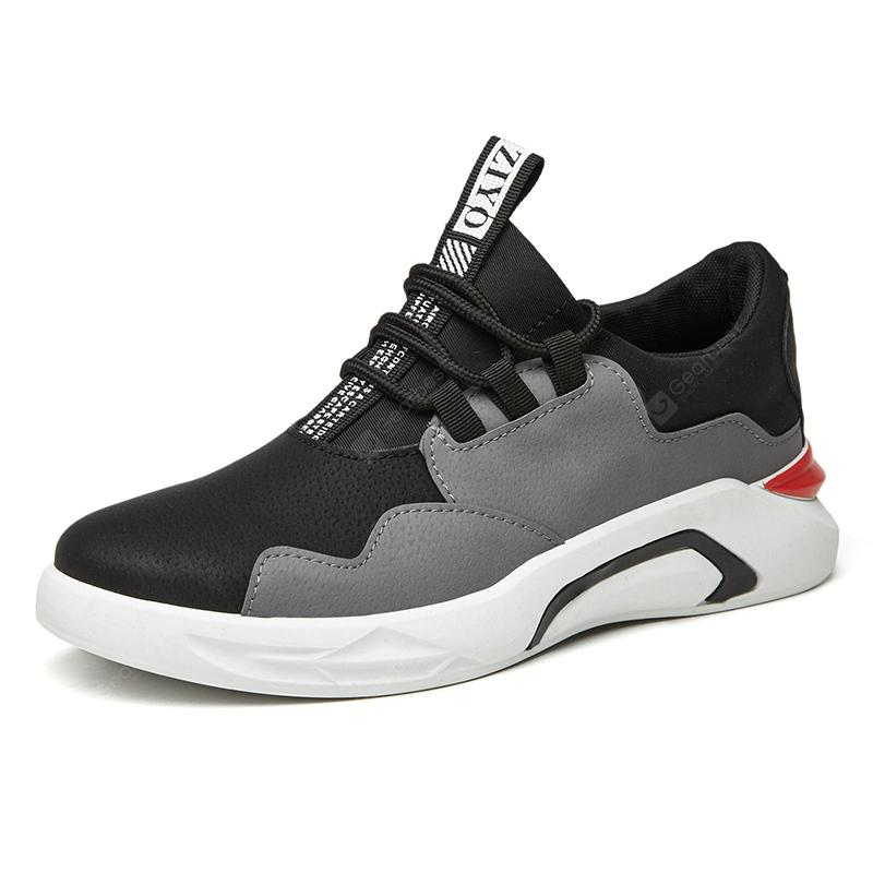 In The Spring of 2018 New Men's Shoes