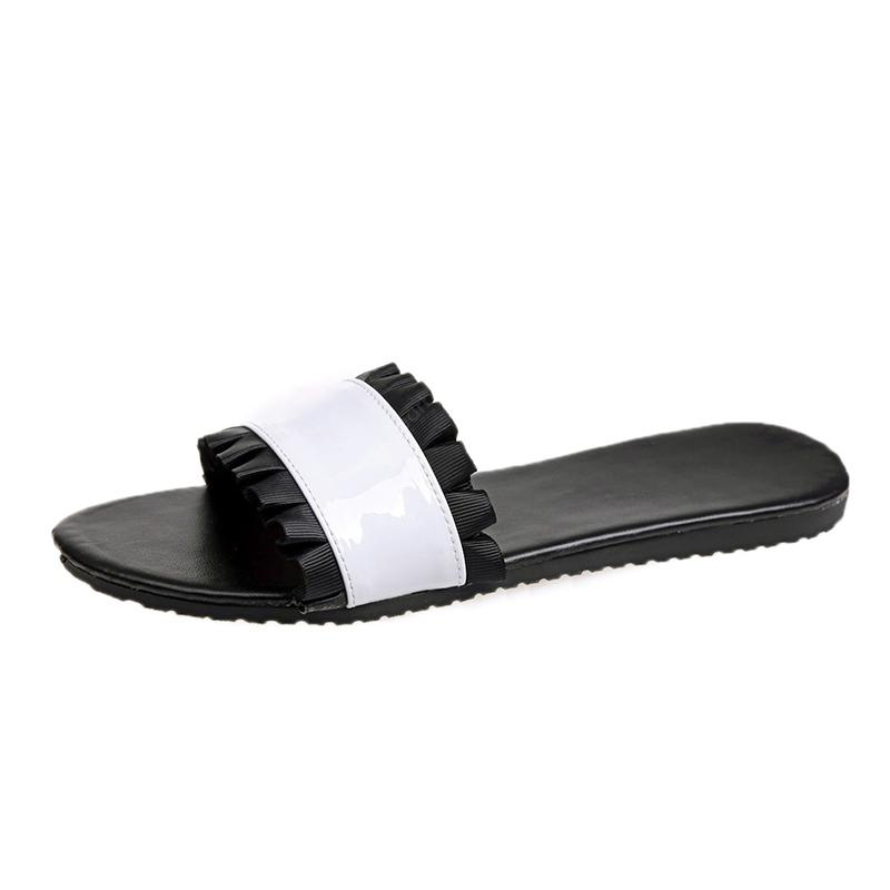 Pantofole casual in pizzo casual