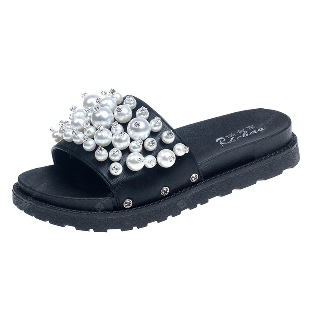 Pearls Decorated with Flat Bottomed Slippers