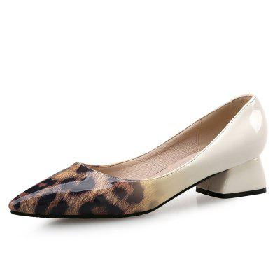 VICONE Femmes Printemps / Automne Casual Pointu Toe Patent Leather Fashion Pumps