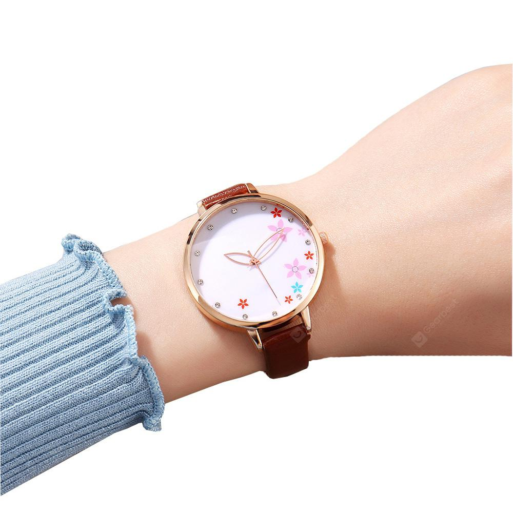Fashion Casual Word Leather Casual Quartz Dress Watch
