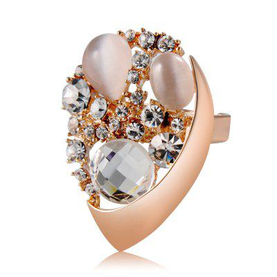 Rose Gold-Plated Drop-Shaped Crystal Zircon Ring