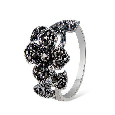 Plated Ancient Silver Clover Inlaid Zircon Ring