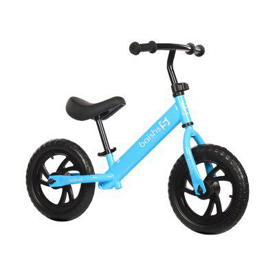 Balance bike with solid tyres