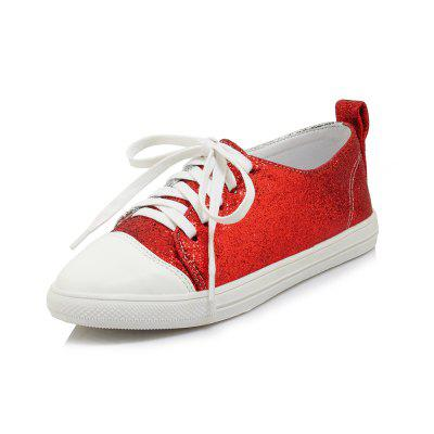Colourful and Pure and Fresh Flat with Recreational Shoe Board Shoe