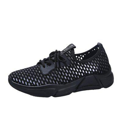 Flat Bottom with Hollow Female Sneakers