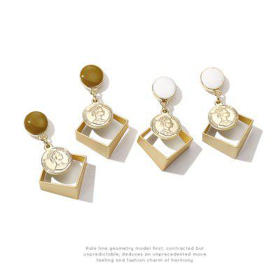 Fashion hot style queen of three - dimensional gel drop earrings