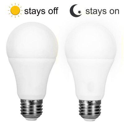 2PCS Light control Dusk to Dawn LED Light Bulbs Smart Lighting Lamp 7W E26 E27 Automatic On Off